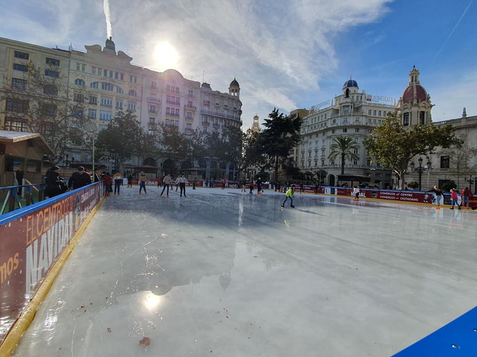 Pista de patinaje navidad